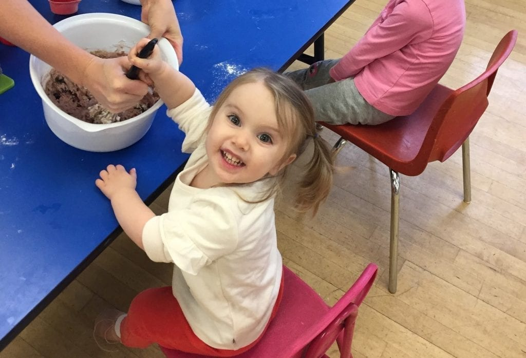 preschool girl cooking class in playgroup