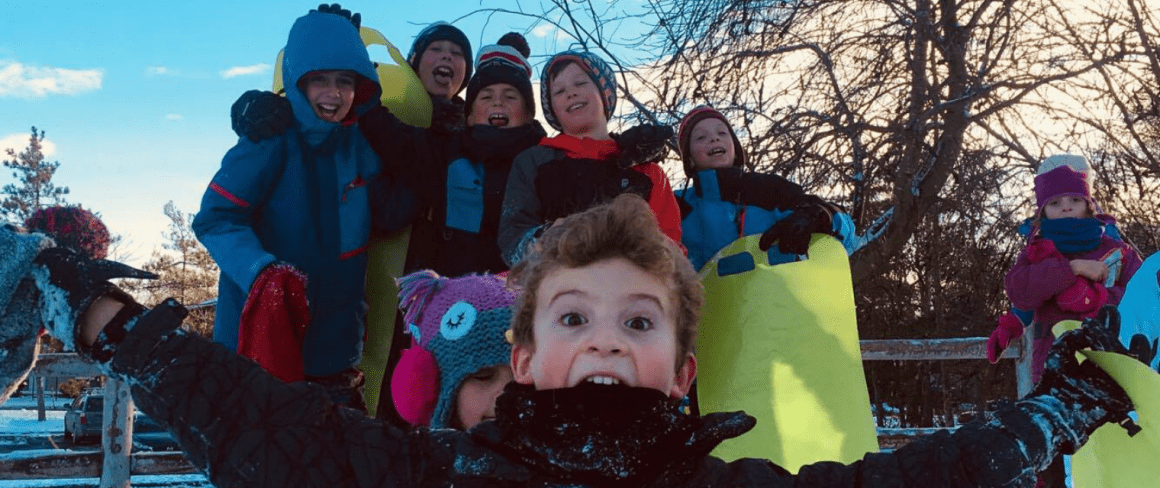 smiling kids in winter holiday camps